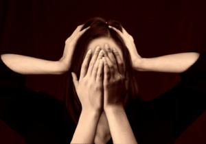 Andauernder Stress kann dazu führen, dass wir uns überfordert fühlen und krank werden - regelmäßige Entspannung ist deshalb wichtiger denn je
