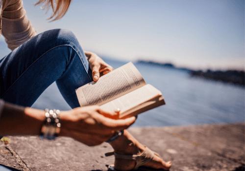 Beim Lesen von Büchern tauchen wir in unsere eigene Gedankenwelt ab und können alles um uns herum ausblenden