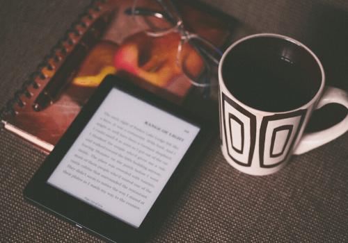 eBooks sind besonders praktisch und platzsparend